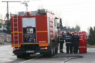 Explozie intr-un bloc din Onesti. Trei persoane au fost ranite si 11 locuinte au suferit avarii