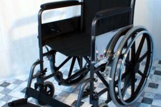 Discriminare sau rea vointa? O mama si fetita in scaun cu rotile nu au putut intra intr-un magazin