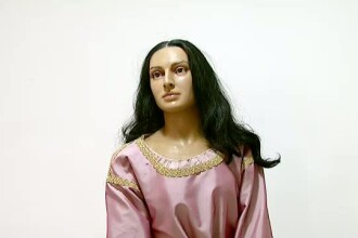 Expozitie inedita la Bucuresti. Un cunoscut muzeu isi prezinta colectia de figuri de ceara