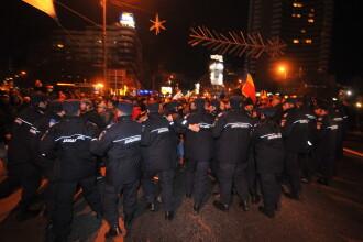 Lideri ai galeriilor Dinamo si Steaua, identificati printre manifestantii de la Universitate