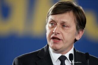Crin Antonescu: Basescu nu a zis nimic nou, convingerea mea este ca nu a spus adevarul romanilor