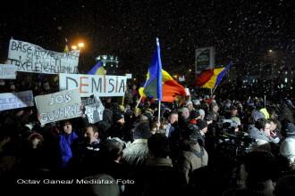 A cincea zi de proteste s-a incheiat fara incidente. 5 manifestanti, ridicati. Imagini din Capitala