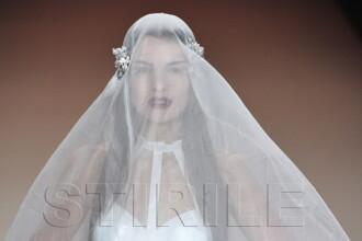 Cum arata rochia de mireasa cu care n-o sa fii primita niciodata in biserica. Galerie FOTO