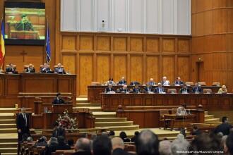 Sedinta solemna in Parlament, consacrata zilei de 24 ianuarie. USL nu a participat