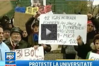 Protestele continua in Piata Universitatii. Frigul a mai redus din numarul manifestantilor