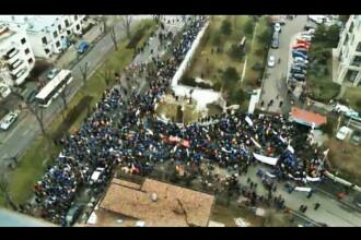 3.000 de oameni au protestat in fata Guvernului. Romanii sunt nemultumiti de viata pe care o duc