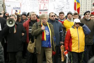 Manifestantii ajunsi la Televiziunea Publica au cerut demisia actualei conduceri TVR