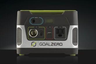 Goal Zero, bateria care te va face sa uiti de prize. Cu 4 ore de soare poti alimenta toata casa