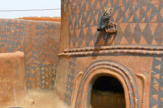 Galerie FOTO. Frumusetea unica a unui sat sarac, uitat de lume in savana africana