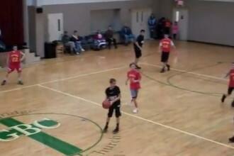 VIDEO. Reusita unui elev de liceu, intr-un meci de baschet. Clipul cu peste 1 milion de vizualizari