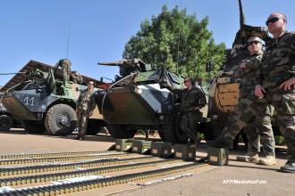 Franta a trimis inca 2.000 de soldati in Mali. Canada si Rusia vor oferi sprijin logistic