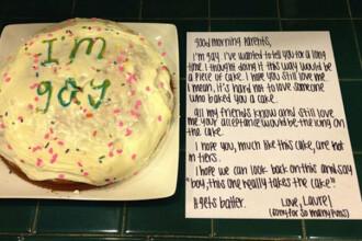 Ce le-a scris o fata din SUA parintilor sai pe un tort. Mama ei a inceput sa planga de fericire
