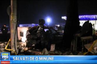 Scene dramatice in Dej. Un autoturism cu 4 tineri la bord a izbit violent un stalp de electricitate