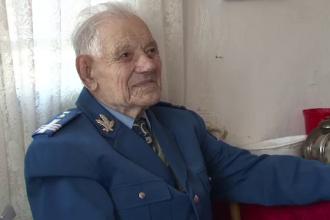 Povestea lui Titu Stoicheci, veteranul de 103 ani care a luptat in batalia de la Stalingrad