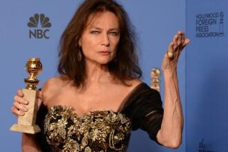 Injuraturi la Globurile de Aur. Limbajul colorat folosit Jacqueline Bisset a trecut de cenzura NBC