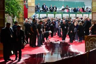 Globurile de Aur, cu emotii pentru organizatori. O teava a inundat covorul rosu. FOTO
