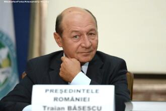 Prima reactie a lui Traian Basescu dupa ce parlamentarii i-au cerut demisia: