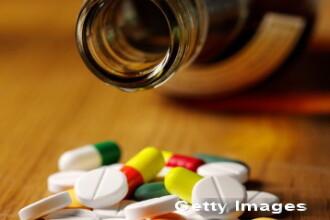 Riscurile asocierii paracetamolului cu alcoolul. Precizarile ANM despre cel mai popular medicament din Romania