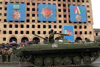 Rusia umbla cu granita mobila. Motivul pentru care a instalat o frontiera temporara, in interiorul Georgiei