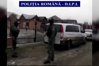 Operatiune cu peste 100 de politisti. Noua membri ai unei retele infractionale periculoase au fost ridicati de mascati