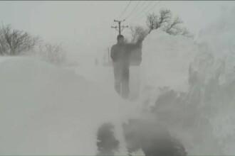 Paul Angelescu a transmis din mijlocul Codului Rosu. Drumul care in 10 minute a fost acoperit complet de zapada