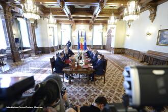 Klaus Iohannis si reprezentantii partidelor parlamentare au semnat acordul pentru Aparare. Ce contine acest document