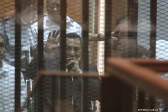 Fostul dictator al Egiptului, Hosni Mubarak, va fi rejudecat, dupa ce Curtea de Casatie i-a anulat condamnarea