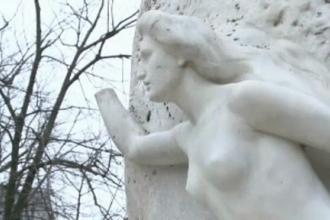 Mana muzei lui Mihai Eminescu NU va mai fi furata. Solutia la care au recurs autoritatile pentru a opri