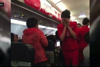 Chinezii, acuzati ca nu stiu cum sa se comporte in avion. Scandalurile lor ajung sa puna in pericol securitatea zborului