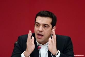 Tsipras ridica tonul la UE si anunta ca nu sustine sanctiunile impuse Rusiei. Creditorii Greciei nu deblocheaza finantarea
