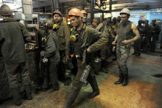 Ucraina: Sute de mineri, blocati in subteran in Donetk. Bombardamentele au distrus generatoarele de la mina Zasyadko