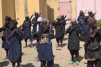 Boko Haram a facut publice noi imagini in care arata cum antreneaza copii pentru a ucide in numele Islamului