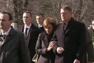 Zi trista pentru Klaus Iohannis. Presedintele a participat la inmormantarea unui prieten apropiat, Cristian Pavel
