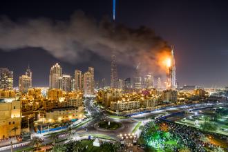 Gestul disperat prin care un fotograf s-a salvat din flacarile imense de la hotelul din Dubai: