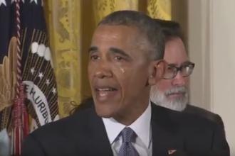 Barack Obama a cedat si a inceput sa planga in timpul unui discurs despre controlul armelor de foc in SUA. Ce a anuntat