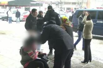 O femeie a fost desfigurata cu surubelnita de iubitul ei, in fata primariei din Satu-Mare. De ce ar fi atacat-o barbatul