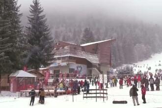 Cea mai aglomerata zi din sezon, pe Valea Prahovei. Moldovenii de peste Prut, incantati ca au avut un Craciun cu zapada