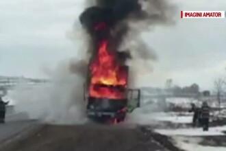 Un camion s-a facut scrum in apropiere de Suceava, dupa ce motorul a luat foc. Unde se indrepta soferul