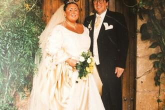 A slabit 70 de kilograme intre cele doua nunti. Cum arata in ziua in care a imbracat a doua oara rochia de mireasa