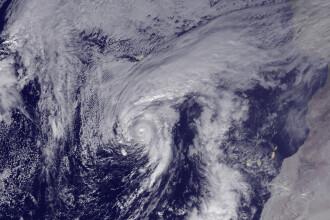 Pentru prima data in 80 de ani se intampla asta. Fenomenul meteorologic exceptional care are loc in Oceanul Atlantic