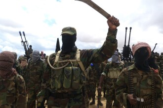 Cel mai sangeros atac terorist din 2016. Islamistii Al-Shabaab au luat cu asalt o baza militara cauzand 61 de morti