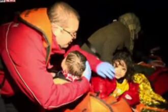 Reportaj dramatic din Marea Egee. O echipa Sky News a participat la salvarea unor copii sirieni din apele inghetate