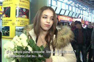 Un moldovean si-a cerut iubita de sotie pe aeroport, dar raspunsul ei a picat ca un fulger. Cum arata el: VIDEO