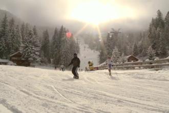 Sezonul de schi pe Valea Prahovei s-ar putea prelungi pana in aprilie. Cum au vrut unii turisti sa schieze gratis