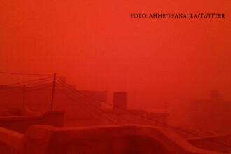 Furtuna uriasa de nisip pe doua continente. Cum a profitat Statul Islamic de acest fenomen meteo extrem
