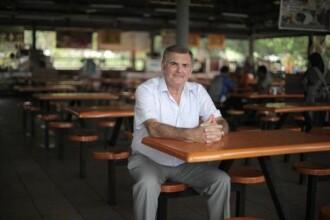 Povestea barbatului care a aflat dupa 60 de ani ca este fiul unui sultan din Malaezia. Dezvaluirile facute de mama biologica