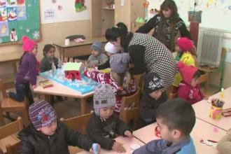 Peste 100.000 de copii vor beneficia de ajutor pentru a merge la gradinita. Tichetele pe care le vor primi familiile nevoiase