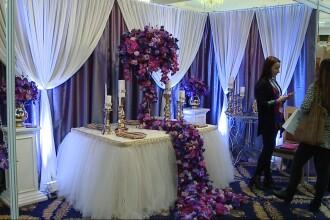Targ de nunti la Cluj-Napoca. Viitorii miri au avut de analizat peste 120 de standuri cu oferte