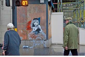 """Bansky """"loveste"""" din nou. Mesajul artistului pentru politia franceza, dupa raidurile din"""