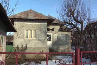 Un barbat din Dambovita a fost gasit in casa, injunghiat. Explicatia uluitoare pe care le-a dat-o medicilor